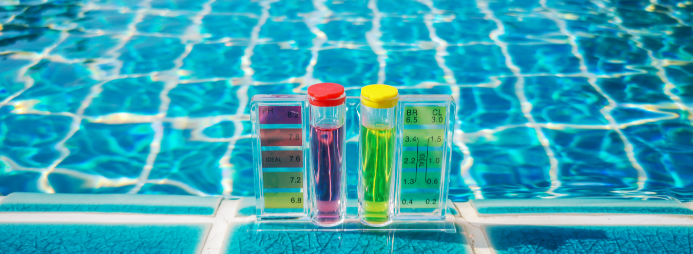 ph-testing-swimming-pool-water-treatment